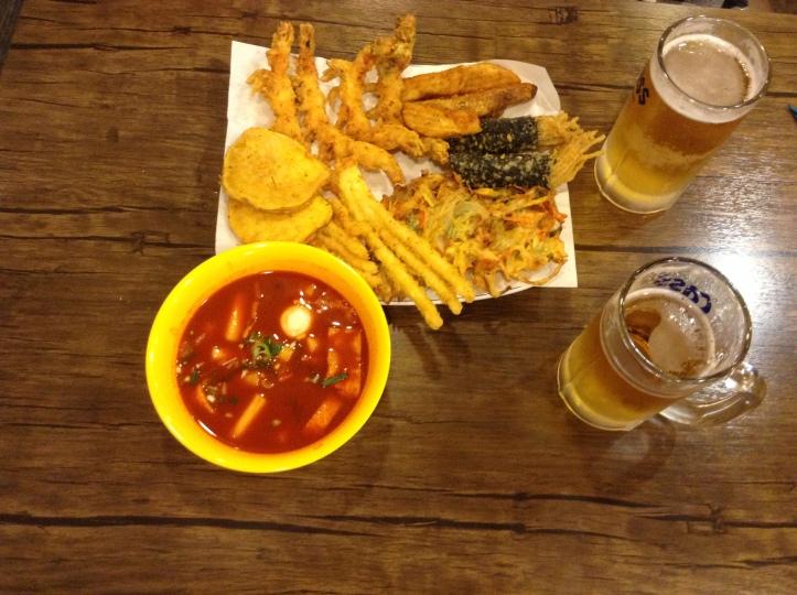 Modum Set with Deokbokki and Beer!